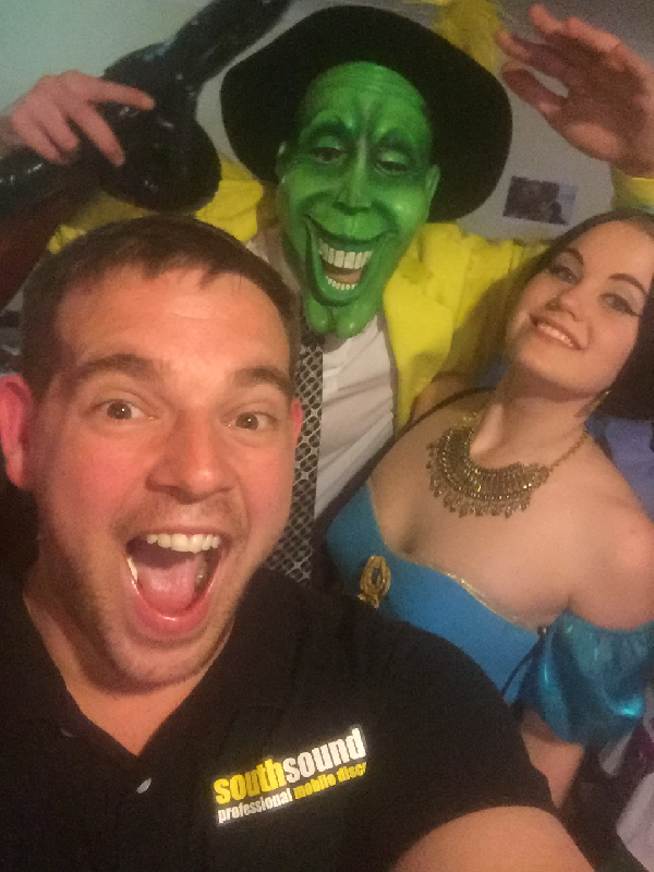 DJ Dave with princess Jasmine & The Mask