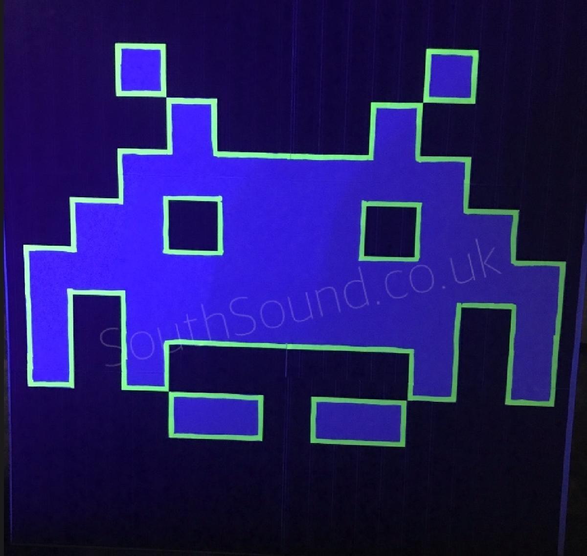 Space invader UV prop